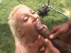 Skinny girl butt screwed by black outdoors