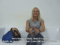 Czech chick kneels and adores rod